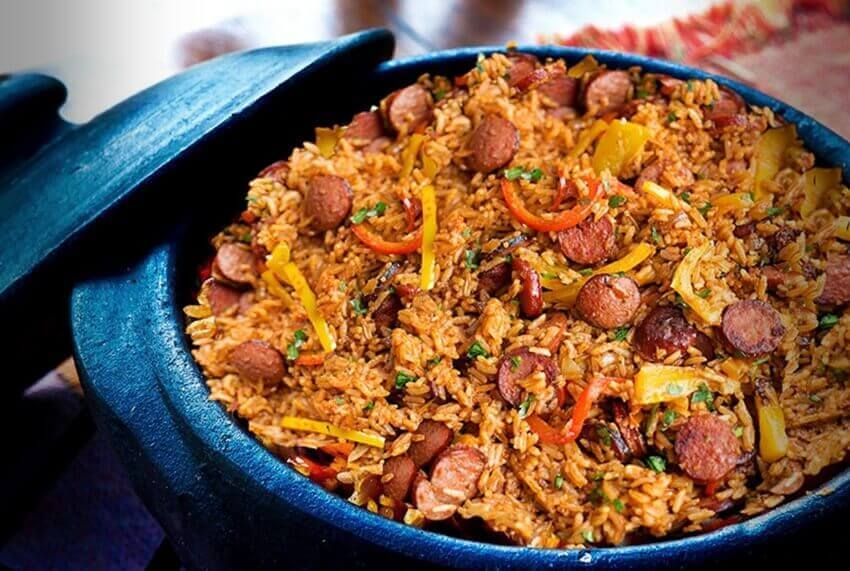 receta-de-arroz-con-pollo-y-salchichas